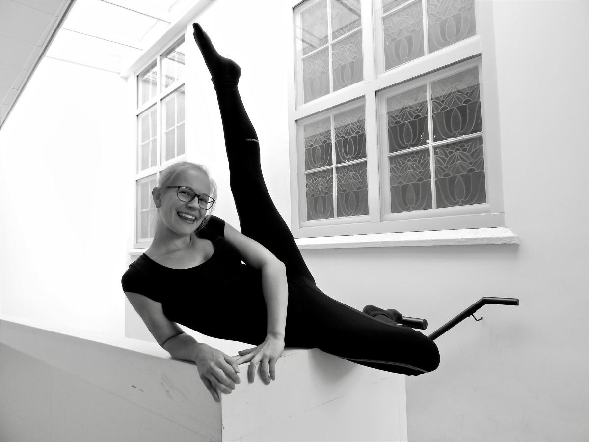 Meet the Dancers:Naomi